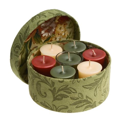 northern lights candles and gifts northern lights grace candle gift set hat box 94453