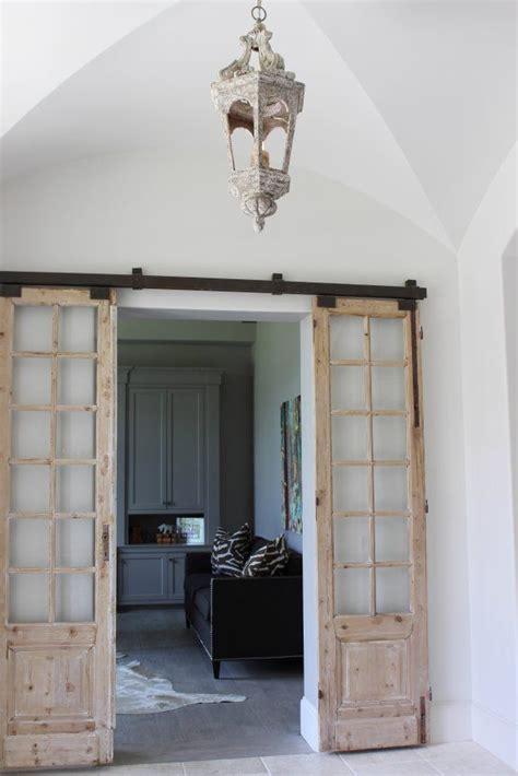 Interior Antique Doors by 25 Best Ideas About Vintage Doors On Antique