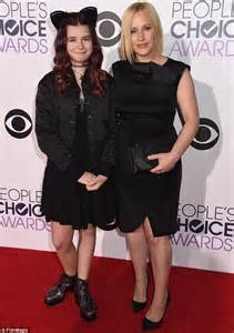 patricia arquette brings daughter harlow 11 as her date