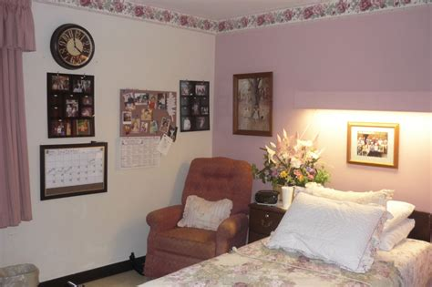 decorate a nursing home room to create a comfortable