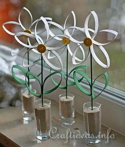 Paper Towel Roll Crafts - paper craft for daisies made from empty paper