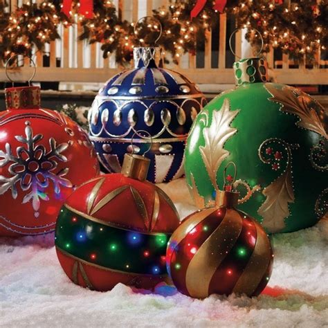 places that sell big christmas lutside balls decorations for outdoor makes an experience decor10