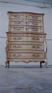 provincial bedroom set bedroom set dresser provincial thomasville highboy