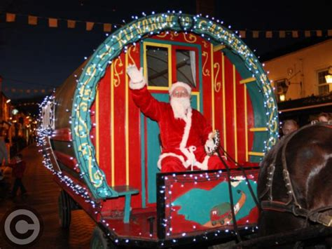 santa comes to laois to switch on the christmas lights in