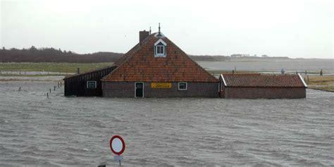huis kopen forum je wilt verhuizen maar je woning staat onder water wat