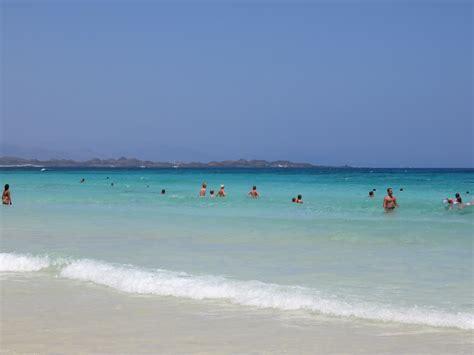 fuerteventura turisti per caso i colori di corralejo viaggi vacanze e turismo turisti
