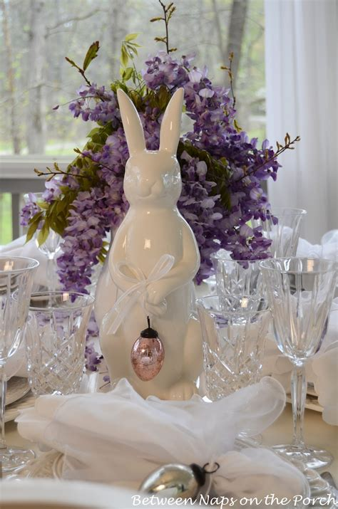 Easter Table Settings by Easter Tablescapes Table Settings With Wisteria And Bunny