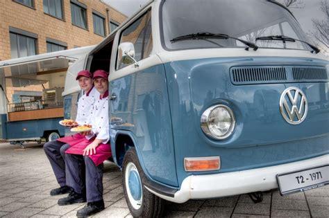 currywurst wagen volkswagen currywurst jetzt auch am bulli imbiss magazin