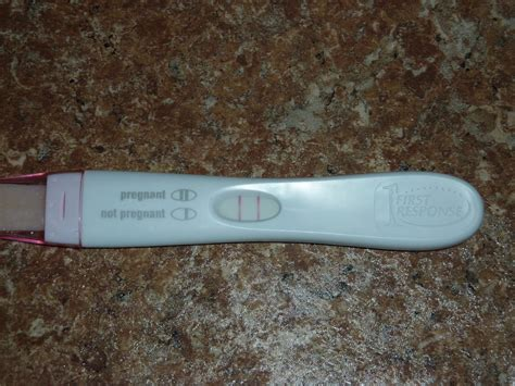 positive pregnancy test pictures positive pregnancy tests