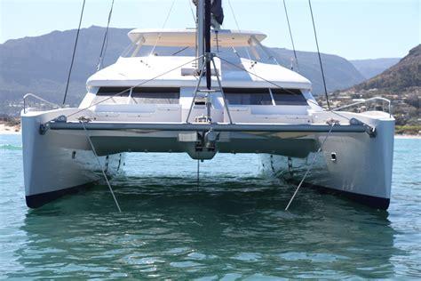 catamaran sailing reviews open ocean 650 luxury sailing catamaran http www 2oceans
