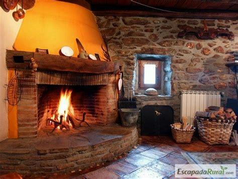 casas con chimenea 19 chimeneas en casas rurales para embobarte con el