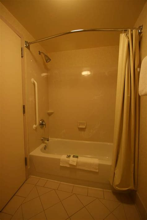marriott shower curtain review courtyard marriott springfield va
