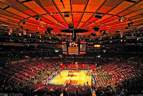 Address For Square Garden by The New York Knicks Fan Page