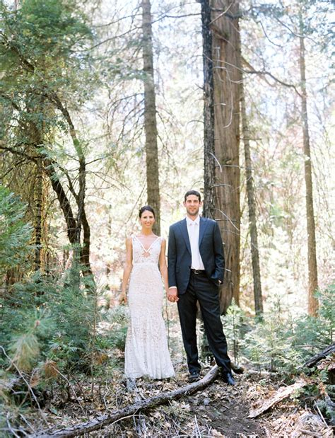 Yosemite Wedding by Laid Back Yosemite Wedding Jami Aaron Green Wedding