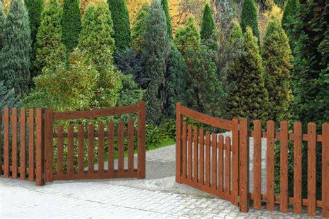 cancelletti in legno per giardino cancelli e cancelletti in legno impregnato