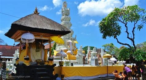 jagatnatha temple denpasar bali tourist attraction