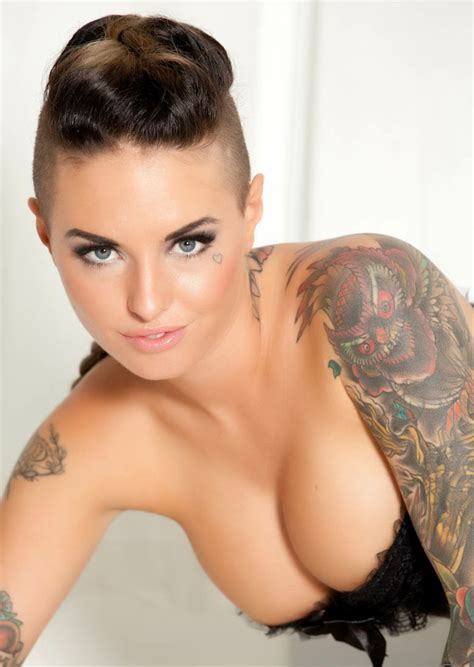 christy mack hair secrets a look at insanely hot adult star christy mack