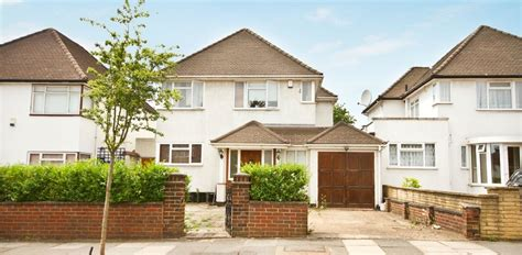 houses to buy in ealing house for sale in corringway ealing w5
