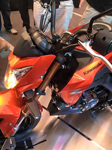 As Roda Depan Kawasaki Z900 Evotech kawasaki rilis motor terkecil z125 roda depan belakang 12 aripitstop