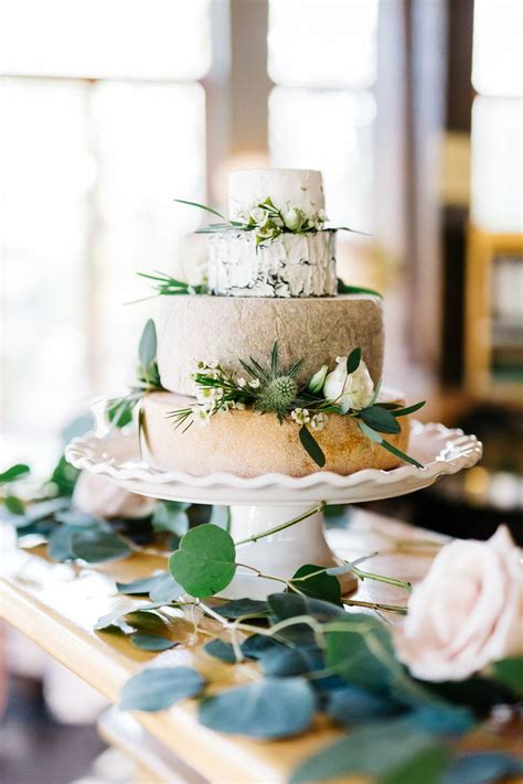 Wedding Cakes Made Of Cheese by Best 25 Wedding Cakes Made Of Cheese Ideas On