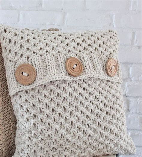 knitting pattern for cushion with buttons the textured pattern and great buttons are for my