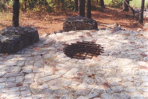 Rock Firepit Stone Fire Pit Casual Cottage