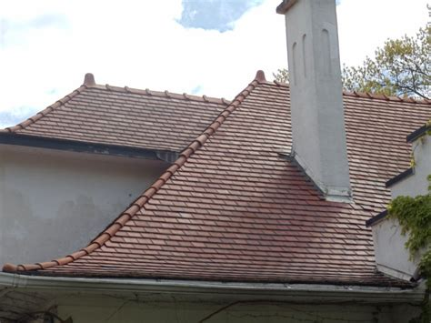 tile roof cost  pros cons clay  concrete tile