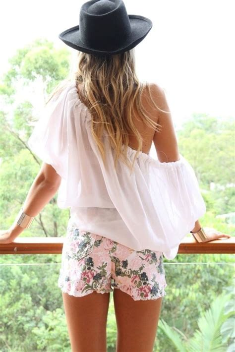 5 Floral Wardrobe Must Haves by Top 5 Pins Coachella Festival Fashion