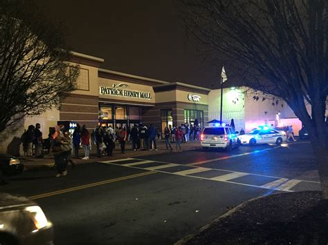 layout of patrick henry mall fight amongst group of teens at patrick henry mall prompts
