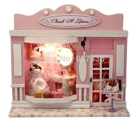 miniature doll houses for sale best 25 doll houses for sale ideas on pinterest mike craft candy for sale and mini usa