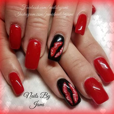 Lip Manicure design on nails www pixshark images galleries with a bite