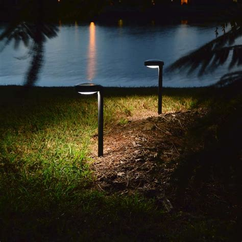 Pathway Solar Light Disc2 By Free Light Natural White Solar Lights Pathway