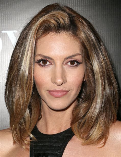 medium length hairstyles for narrow faces medium length hairstyles for round faces and thin hair