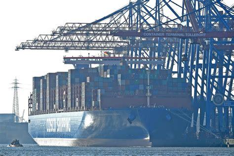 consolato amburgo viaggio inaugurale di cosco shipping aries ad amburgo