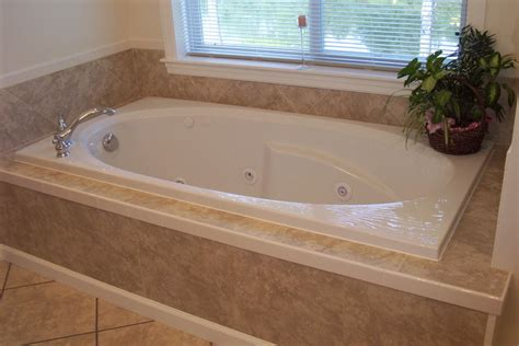 beautiful  relaxing whirlpool tub designs