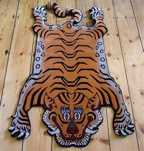 ikea tiger rug best 25 tiger rug ideas on pinterest funky bathroom