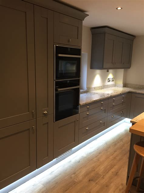the classic shaker kitchen by concept interiors sheffield shaker kitchen by concept interiors expert kitchen