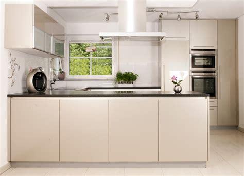 l form küchen komplett küchen küchen kaufen kueche eiche und weiss
