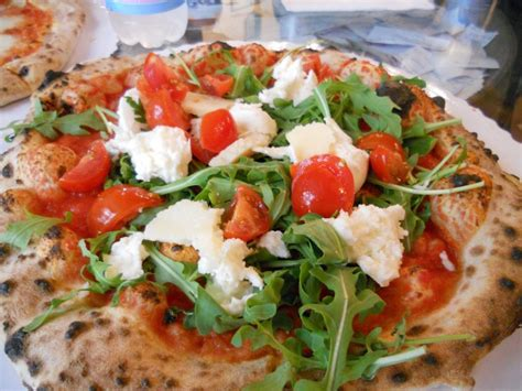 florence best pizza gusta pizza best pizza in florence travel