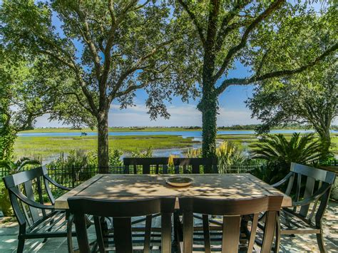 tour a waterfront home in wilmington n c hgtv com s wilmington nc waterfront homes for sale dbg real estate