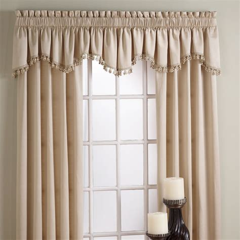 Drapes Top Treatments