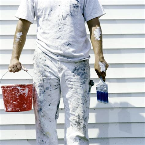 how to become a professional house painter tips for choosing a painting contractor