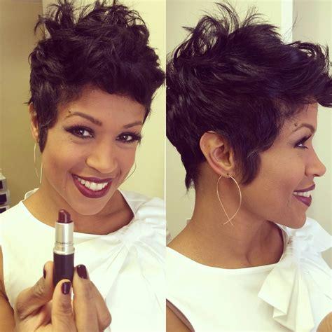 Lipstik Val val warner mac cosmetics lipstick quot media quot and earrings