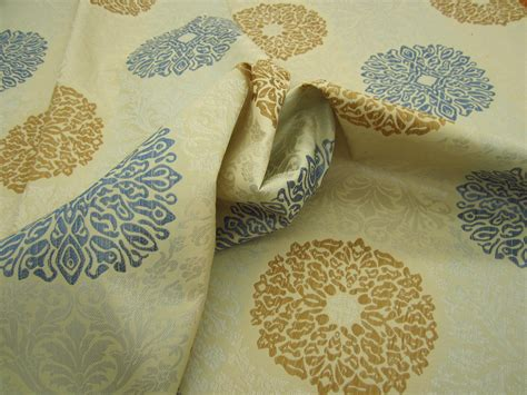 Upholstery Fabric Remnants For Sale by R9025 6 1 Yd Formal Brocade Design Upholstery Fabric