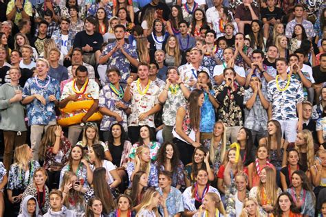 best student sections round 2 who has the best student section in south