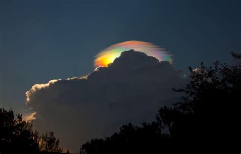 rainbow cloud amazing fire rainbow clouds circumhorizontal arc pictures strange sounds