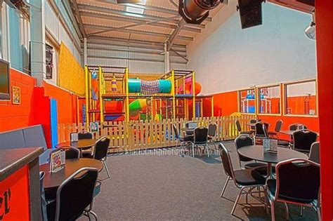 bumble beess soft play