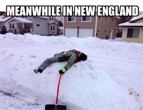 Snowstorm Meme - new england is so oversnow