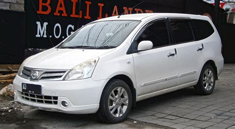 Frem Nissa Grand Livina file 2011 nissan grand livina 1 5l xv in kuta bali indonesia 01 jpg wikimedia commons