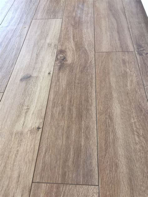 Homogeneous Flooring Definition by Marazzi Treverk Larice 19x150 Cm Marazzi